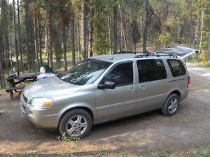2005 Chevrolet camping van with everything you need!