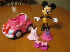 MINNIE MOUSE DOLL WITH CAR AND CLOTHES disney