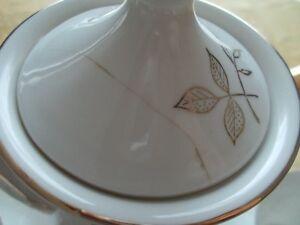 17 piece Oakwood hand painted tea set Gatineau Ottawa / Gatineau Area image 4