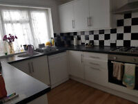 House Share - Double Room In Lovely House