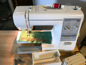 Kenmkre sewing machine model 385 - strong