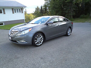 2011 Hyundai Sonata GLS Sedan Mint Condition