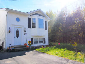 Detached Home for Sale in Millwood on Greenbelt! *Private Sale!*