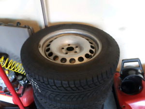 4 215/65R16 winter tires on stell wheels