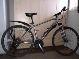 Trek hybrid mountain bike