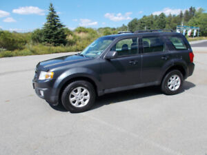 2010 MAZDA TRIBUTE SUV, AWD CROSSOVER 2 YEAR WARRANTY INCLUDED