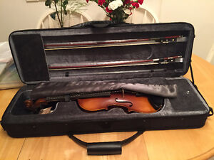 ARS Music Handcrafted Adult Violin, great condition with extras
