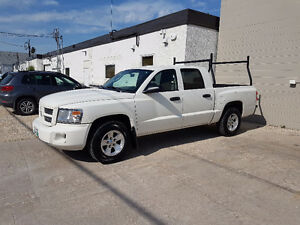2009 Dodge Dakota SXT Crew Cab Pickup Truck