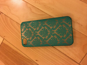 IPhone 4s case with vintage pattern
