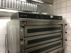 Charbroil Grill, Pizza Oven, Iceomatic Ice machine