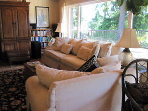Lovely fully furnished upper house for short term rental