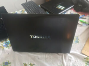 fast toshiba 930 i5-3220/4gb ram/read and see pictures