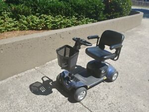 Pride GoGo Sport mobility Scooter NEW Batteries PRICE REDUCED -