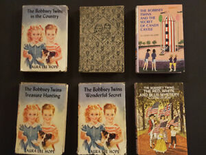 BOBBSEY TWINS by Laura Lee Hope - vintage