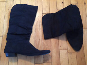 Woman's size 10 boots