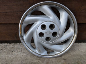 Wheel cover for Chevy Cavalier