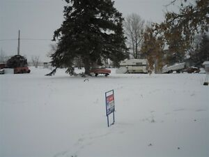 Low priced lots for sale in Pathlow!