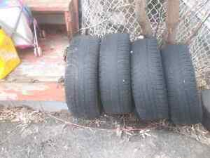 4 winter tires on rims (5bolt patern)  120$