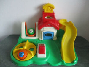 Visage  Cache-Cache  Fisher Price