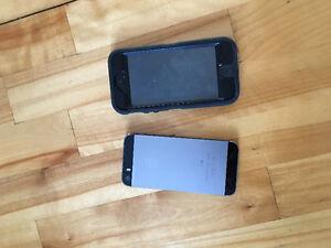 2 iphone 5 et 5s a vendre