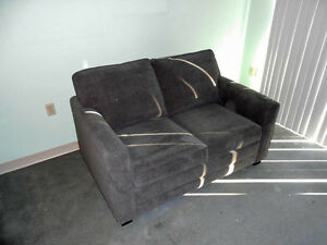 Nearly new sofa bed (single)