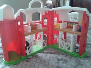 Fisher Price Fun Sounds Farm Set