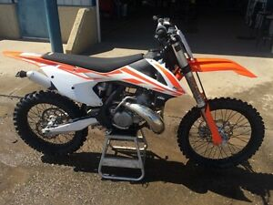 2017 KTM 250sx, mint with only 10hrs