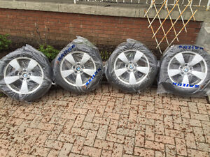 BMW OEM 17 rims with Michelin All Season tires mint condition