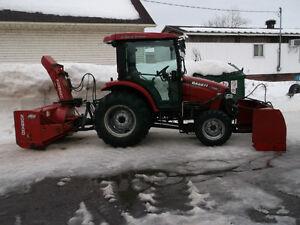 Tracteur cvt 45 force 4x4 diézel avec souffleur et gratte