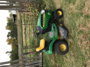 JD LAWNMOWER FOR SALE