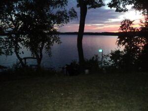 3 bdr. cottage, Rice Lake/ON 3 hours, door-door from Niagara