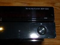 Lecteur PIONEER CD, DVD et Blu-Ray de qualité professionnelle