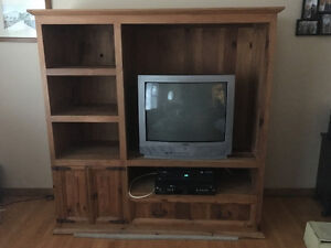 Entertainment unit in great condition