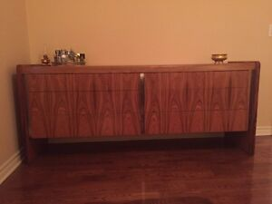 Bedroom dresser and Headboard case with night tables West Island Greater Montréal image 3