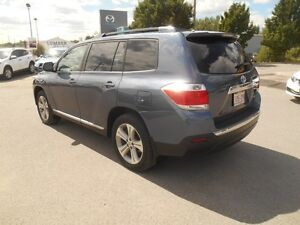 2012 Toyota Highlander Sport 4WD Peterborough Peterborough Area image 4