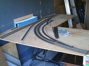 HO scale layout section for electric model trains