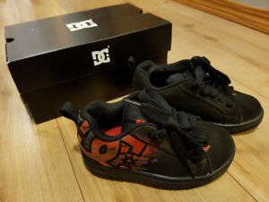 DC Shoes -Little Boys Sz: Fits like a 10.5 (but is 11.5)