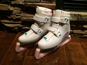 Ladies Ice Skates, Size 7
