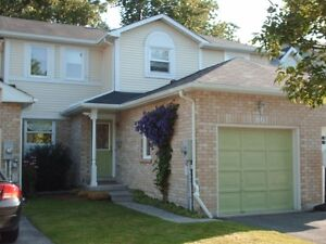 Available Now!!!  Townhouse for rent in lovely neighbourhood! Cambridge Kitchener Area image 1