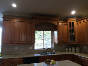 Wood Maple Cabinets and Countertops