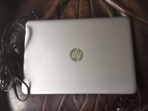 hp  elitebook 840 G3 under warranty/ retails over 1700$ now live