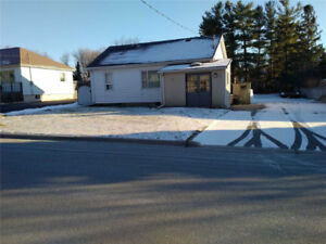2 bdrm -For A Handyman To Fix Up. Close To Schools, Shopping