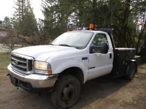 2002 Ford XL F450 4x4 7.3 Diesel Low KMs