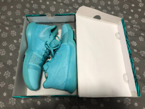 huge discount 8ae3c 61040 Kyrie 3 | Kijiji in Ontario. - Buy, Sell & Save with ...