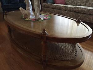 Coffee table, solid wood, wicker bottom shef