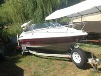 1995 20ft maxum in immaculate condition with new rebuilt 5.0L