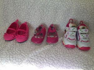 Great condition 3T shoes