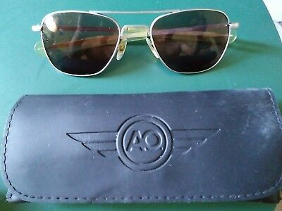 preownd  randolph aviator sunglasses...made in usa....small (Randolph Sunglasses Sizing)
