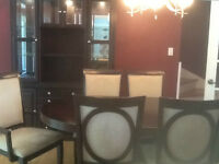 Beautiful Dining Room Furniture w/Lighted Cabinet