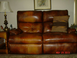All Leather Furniture Set